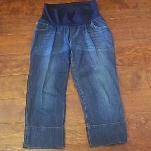 Motherhood maternity capri jeans